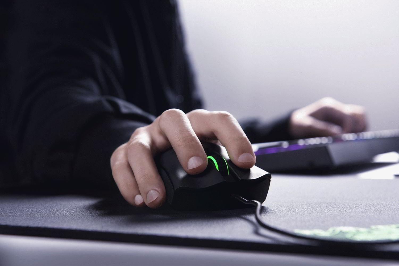 Топ-рейтинг лучших игровых компьютерных мышей 2021 года.
