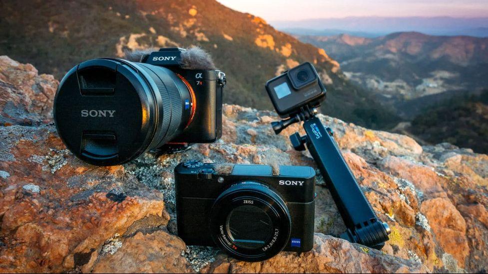 Рейтинг лучших фотоаппаратов для путешествий и активного отдыха на 2021 год