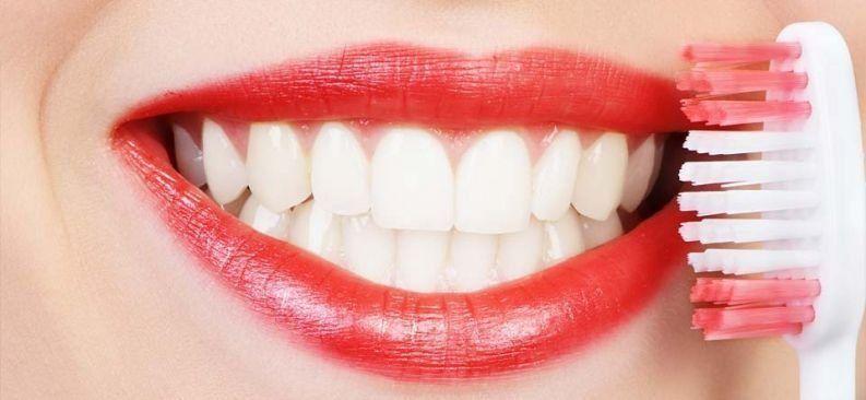 Лучшая отбеливающая зубная паста - рейтинг самых хороших средств для отбеливания зубов — Товарика