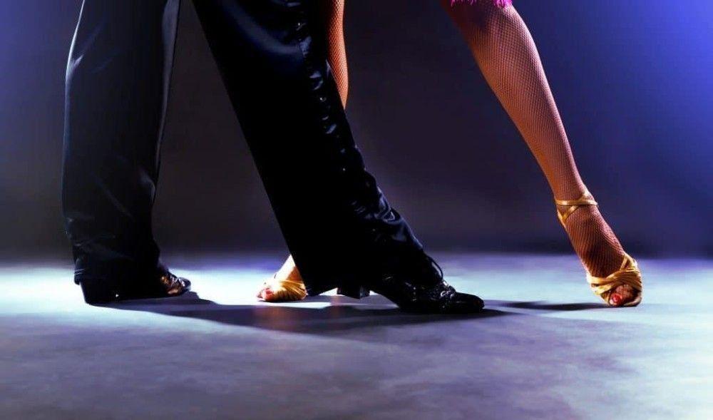 Лучшая обувь для бальных и спортивных танцев в 2020 году