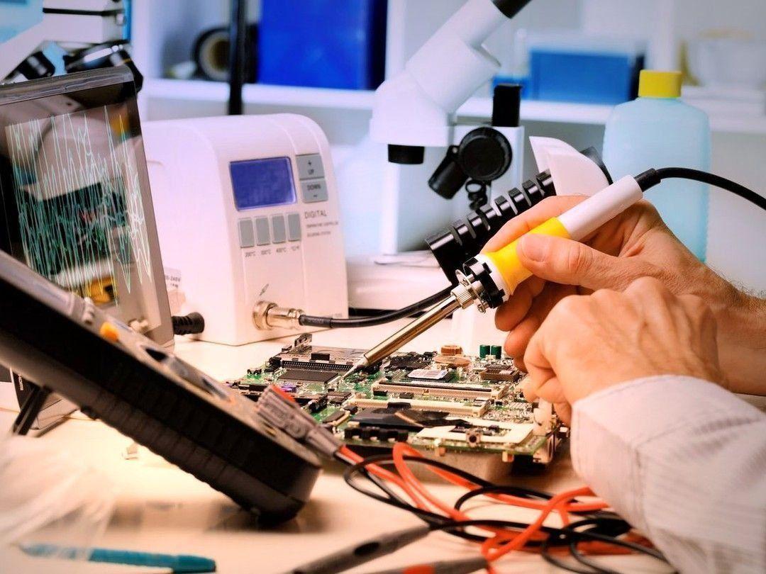 Рейтинг мастерских по ремонту телефонов и ноутбуков в Екатеринбурге в 2020 году