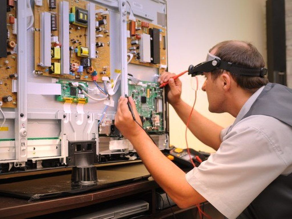 Как выбрать мастерскую по ремонту телефонов и ноутбуков в Екатеринбурге в 2019 году