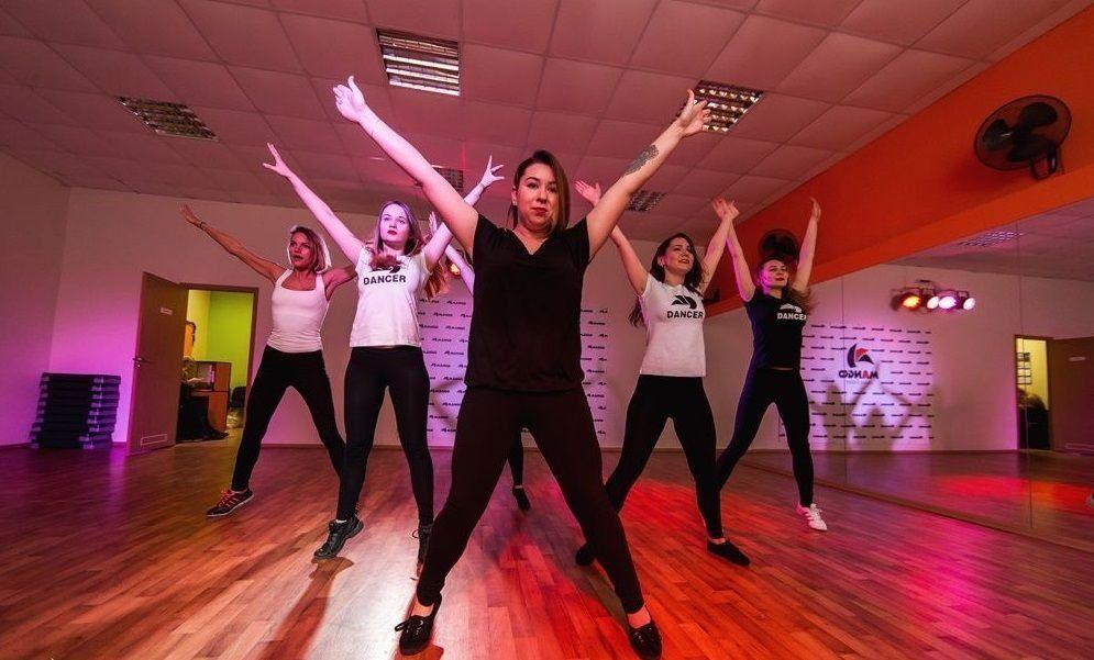 Клубы бальных танцев в москве рейтинг клуб 31 декабря в москве
