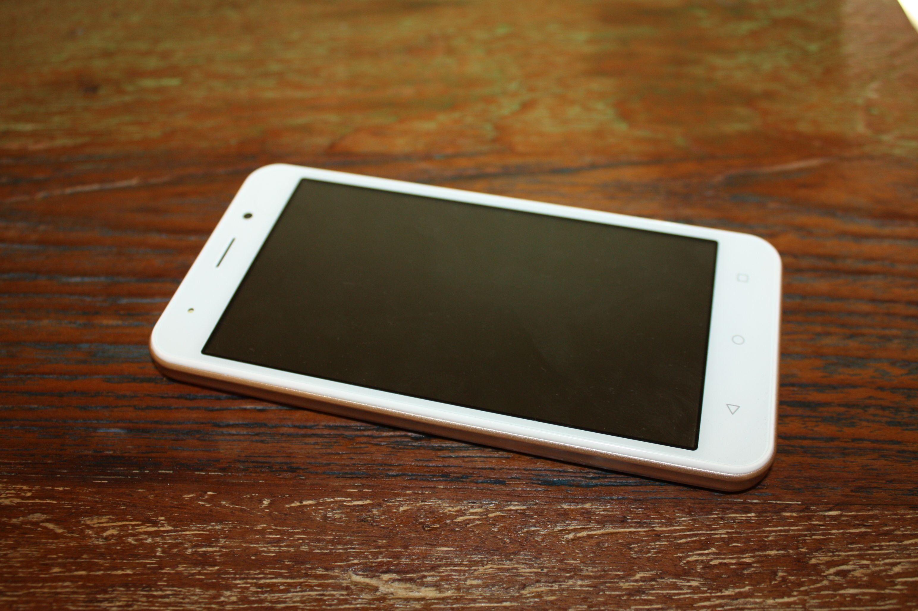 Смартфон INOI 2 — достоинства и недостатки бюджетного отечественного смартфона