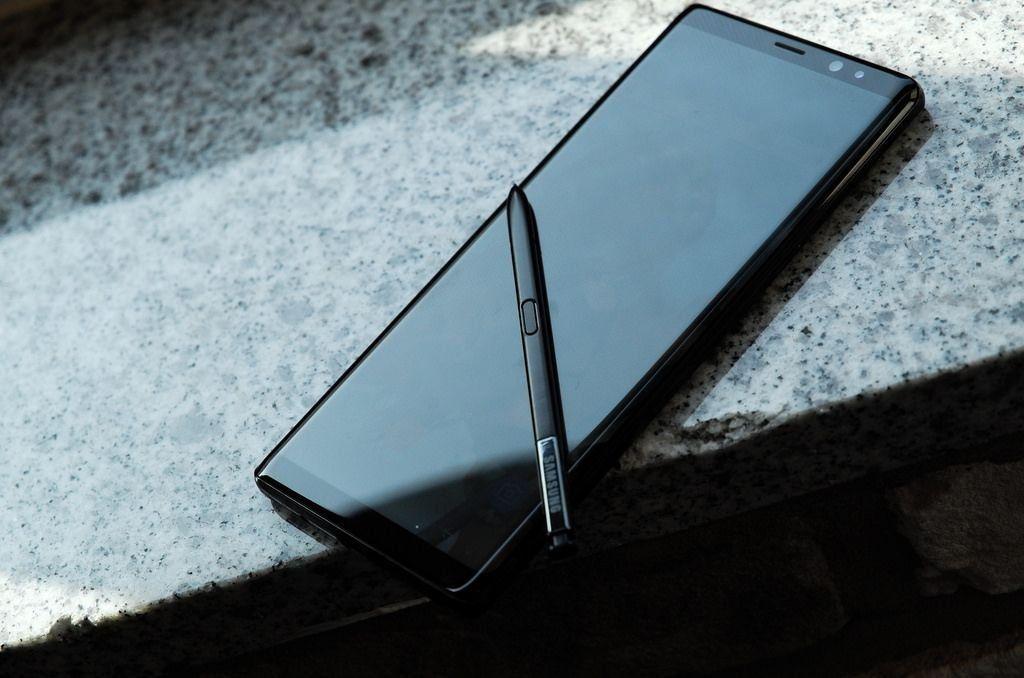 Смартфон Samsung Galaxy Note8 — достоинства и недостатки