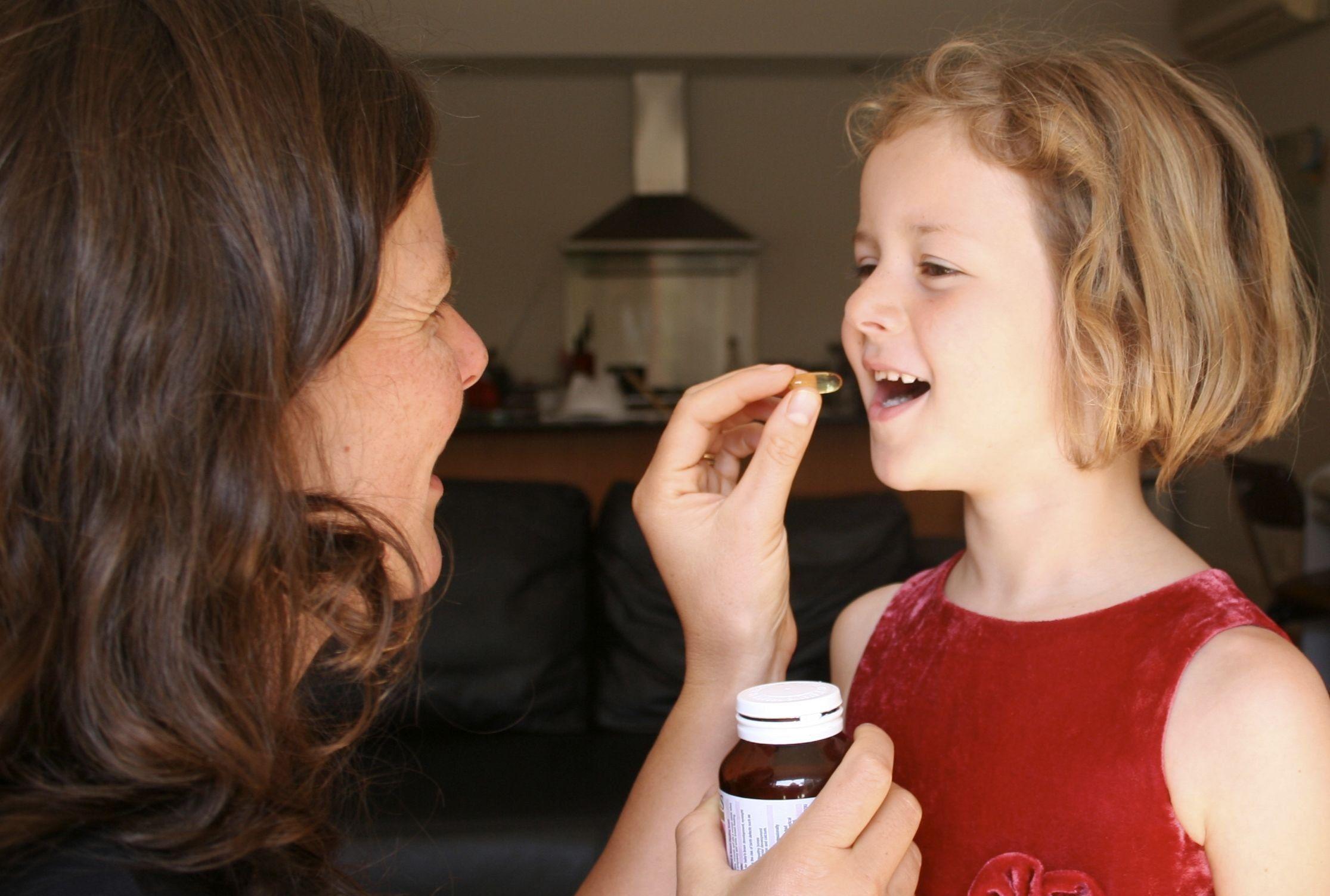 Лучшие и эффективные витамины для детей в 2021 году