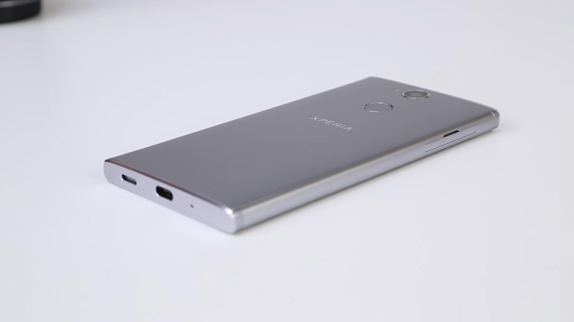 Смартфон Sony Xperia L2 — достоинства и недостатки