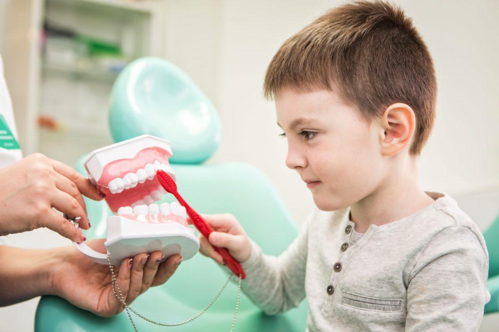 Как выбрать хорошую платную стоматологию для ребенка в Санкт-Петербурге