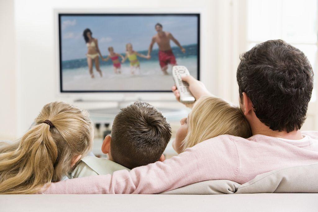 Лучшие телевизоры с диагональю 40-43 дюйма в 2021 году