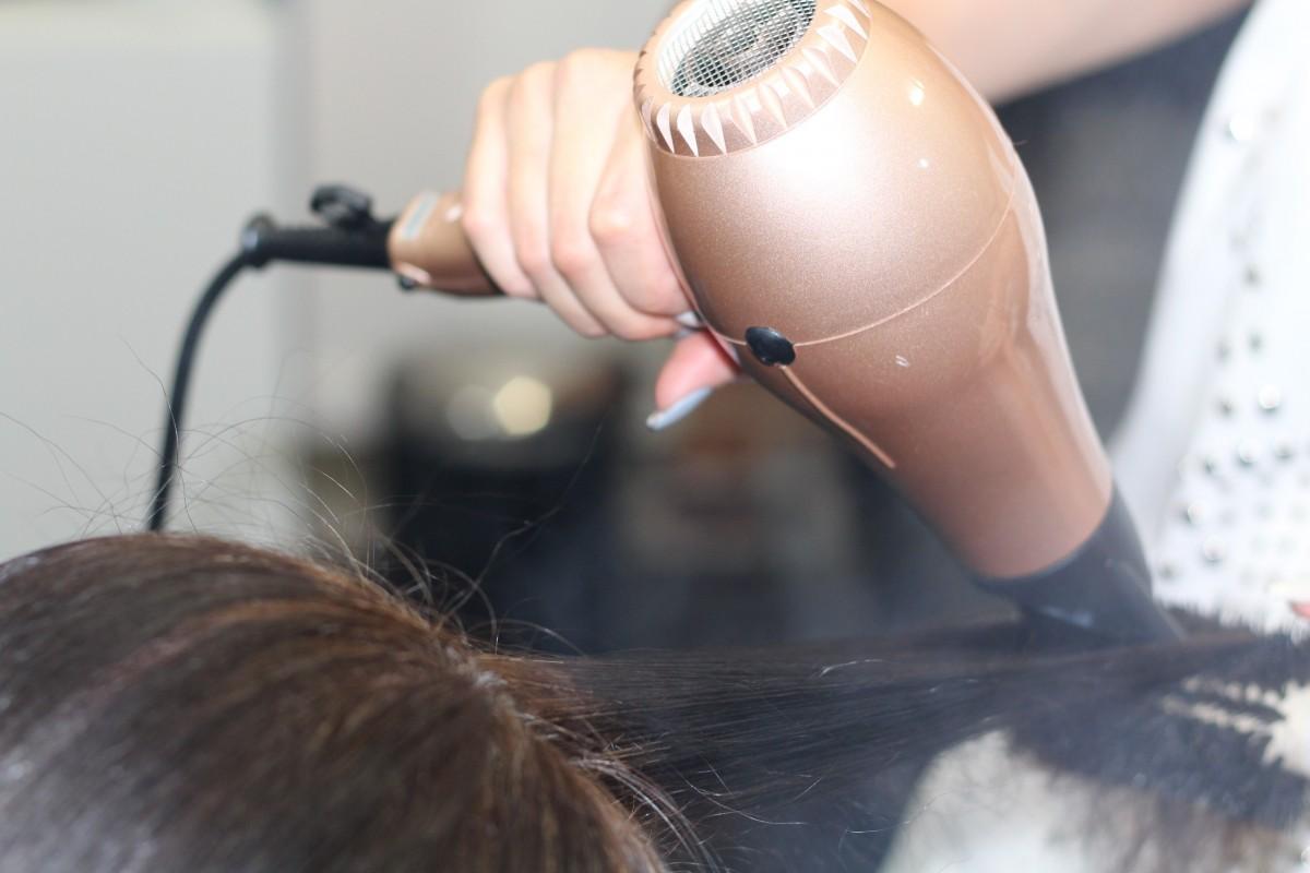Обзор лучших фенов для волос Polaris в 2020 году