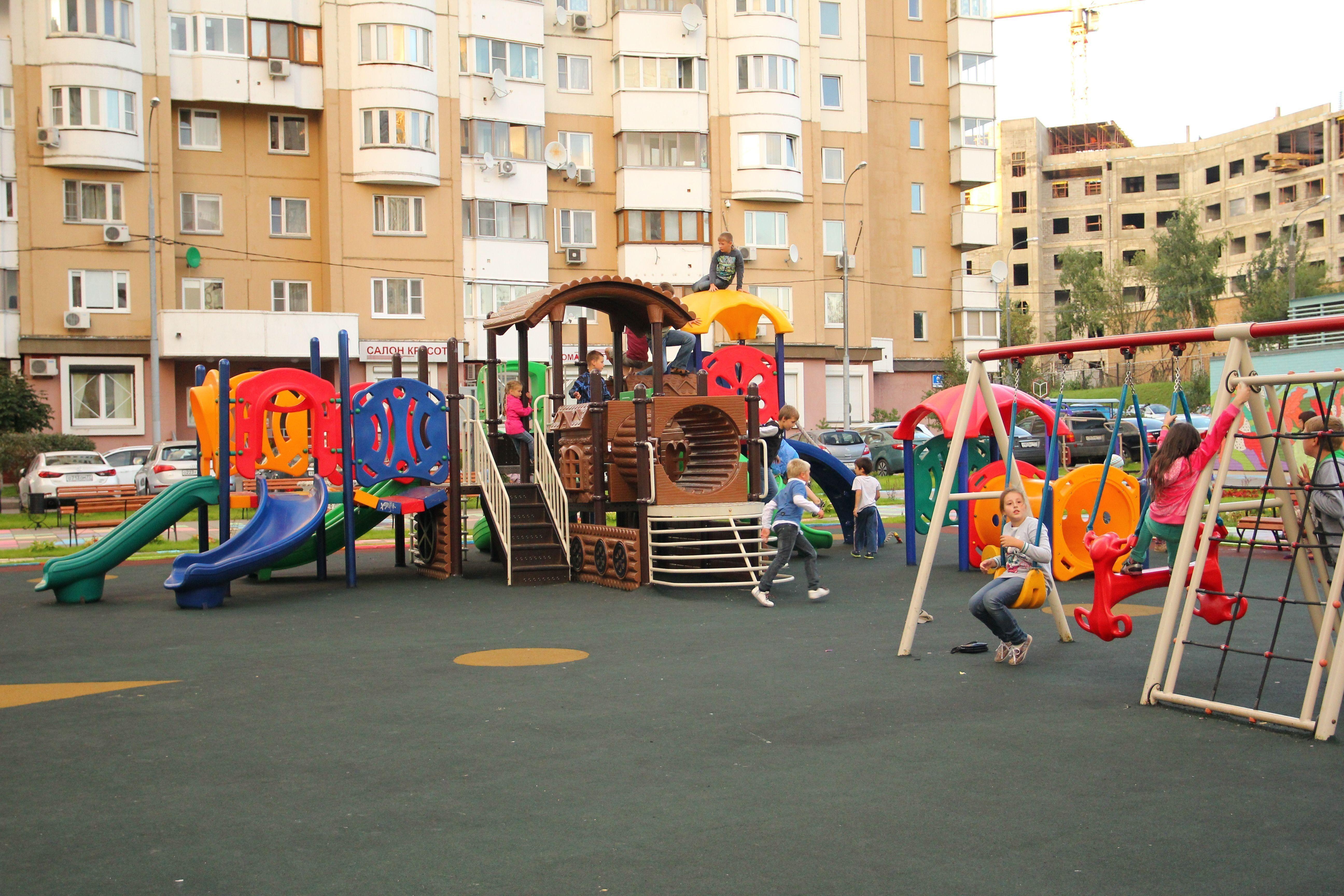 Самые лучшие детские площадки Москвы в 2021 году