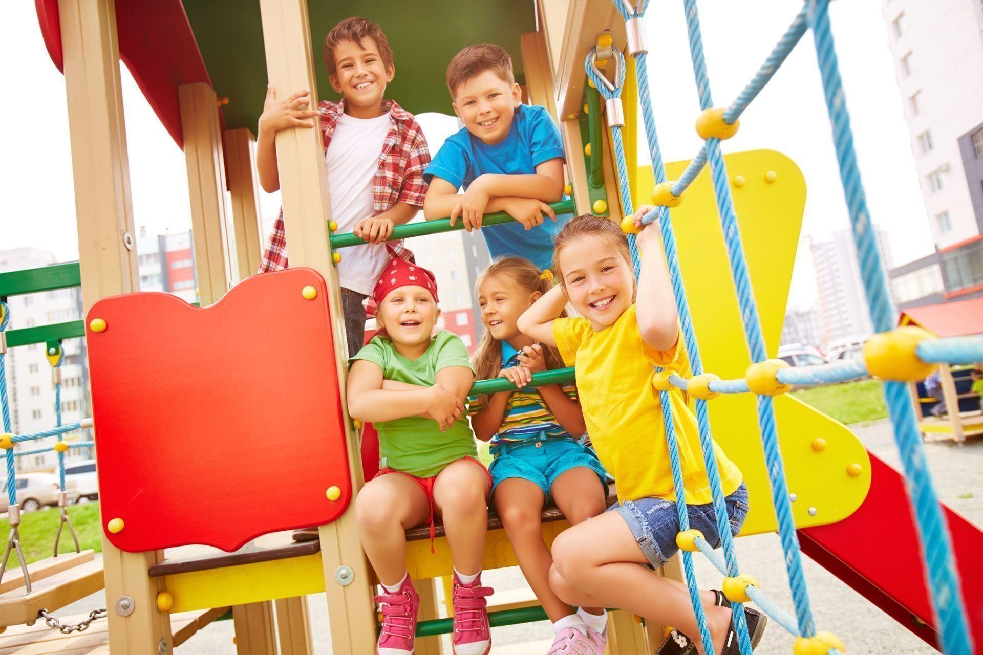 Самые лучшие детские площадки Нижнего Новгорода (открытые и закрытые) в 2021 году