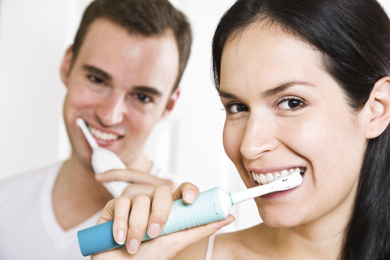 Обзор лучших электрических зубных щеток Oral-B