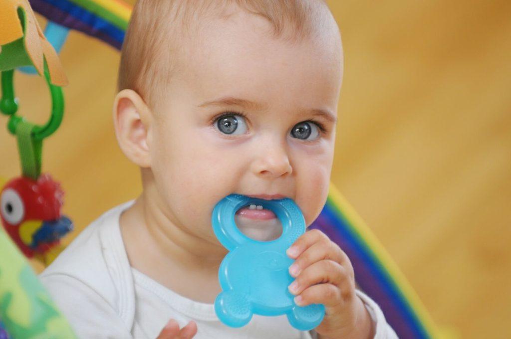 Лекарство для десен при прорезывании зубов