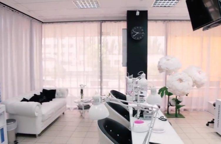 Рейтинг лучших салонов маникюра в Волгограде в 2020 году