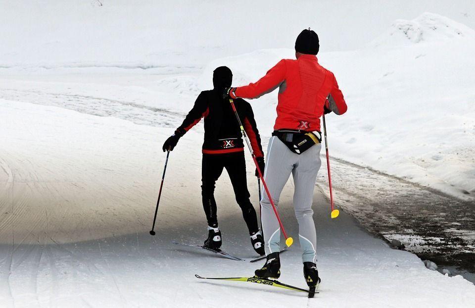 Лучшие палки для беговых лыж в 2021 году и как их выбрать