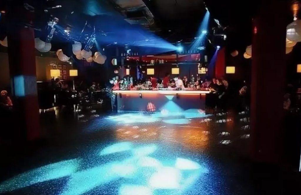 Ночные клубы для взрослых в новосибирске клуб гранат в москве
