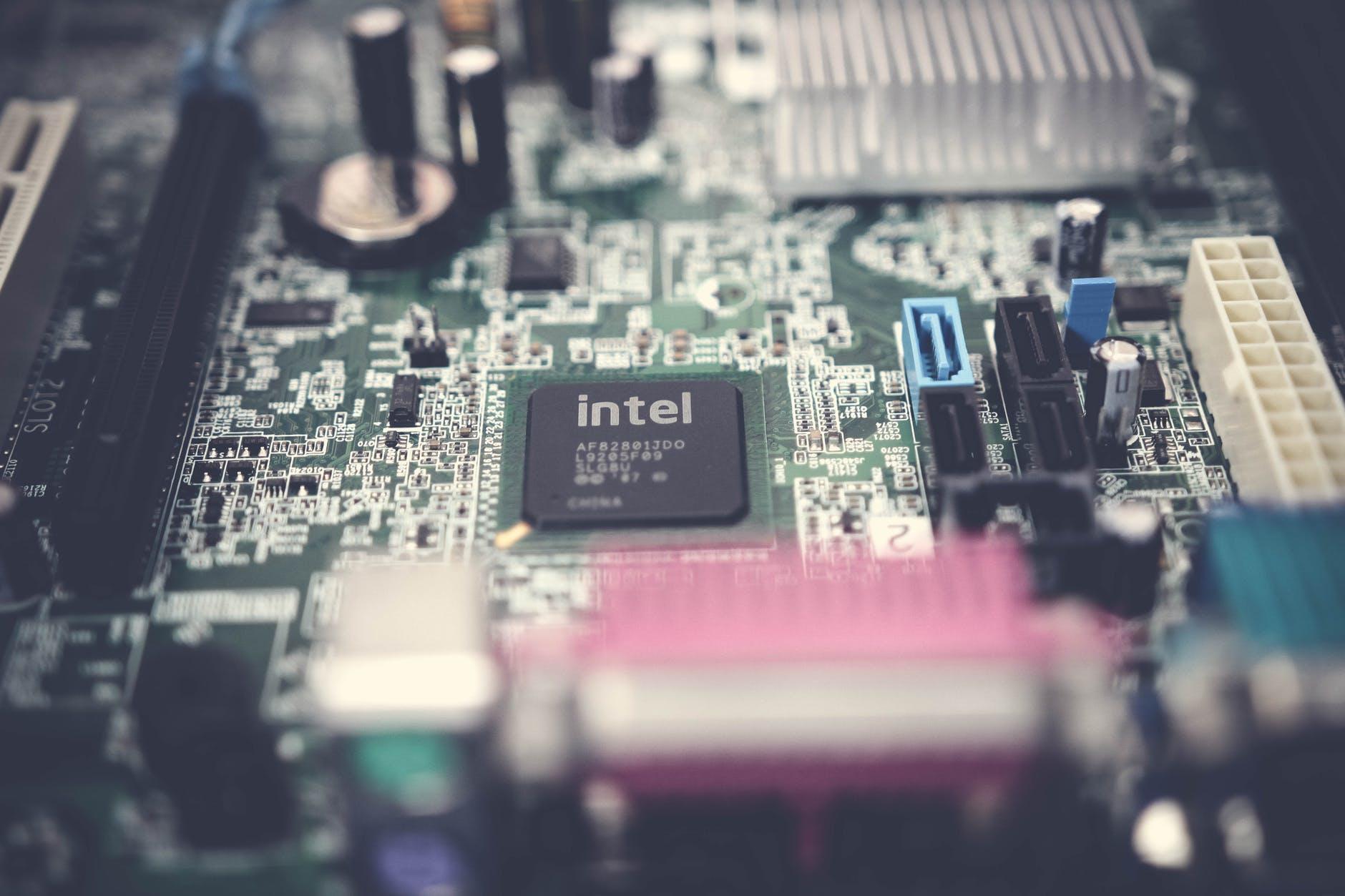 Рейтинг лучших материнских плат для процессоров Intel на 2020 год