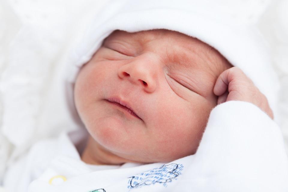 Какие вещи нужны новорожденному? Полный список покупок на 2021 год!