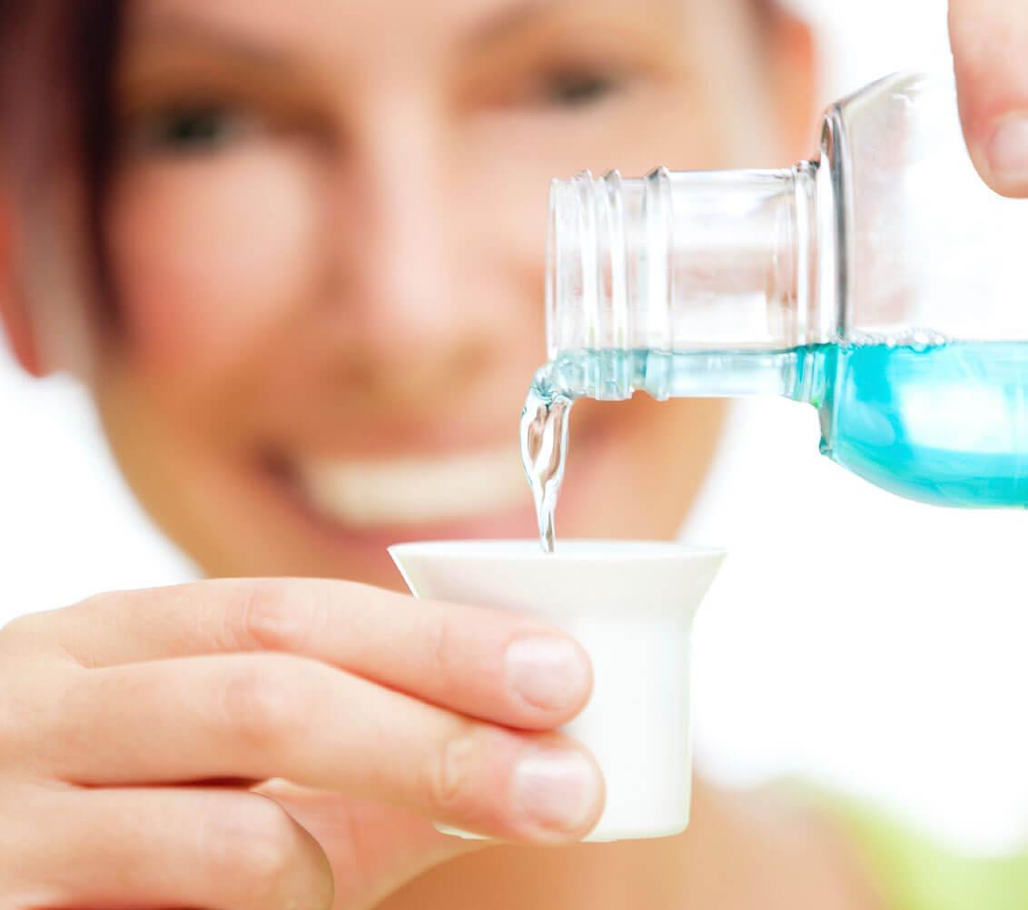 Рейтинг лучших ополаскивателей для полости рта на 2020 год