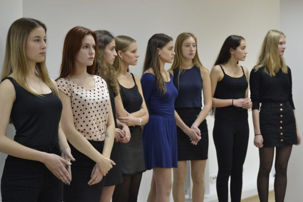 Рейтинг модельных агентств спб девушек на работу в минске