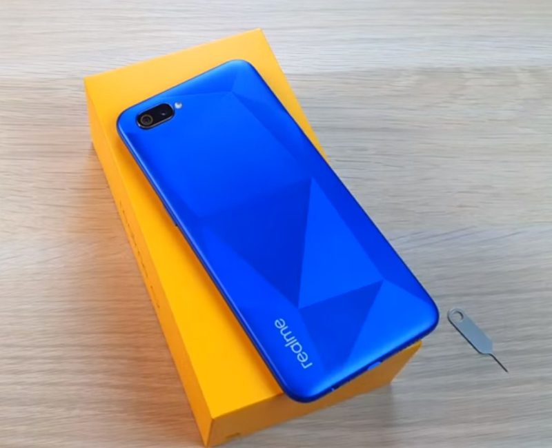 Обзор смартфона Realme C2 2020 с основными характеристиками