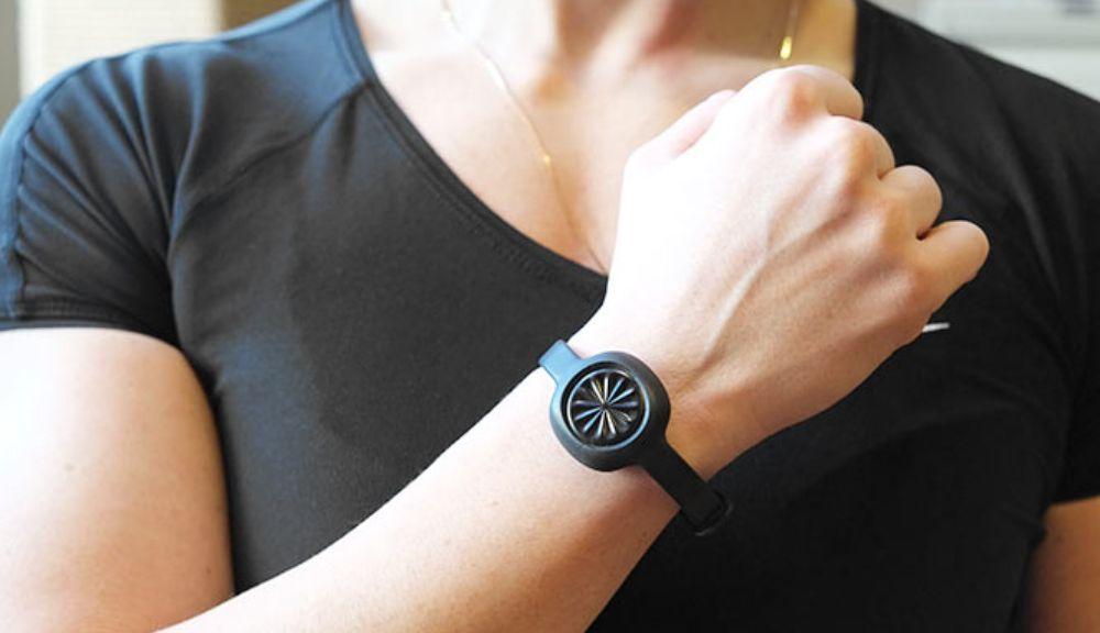 Обзор фитнес-браслета Jawbone UP Move