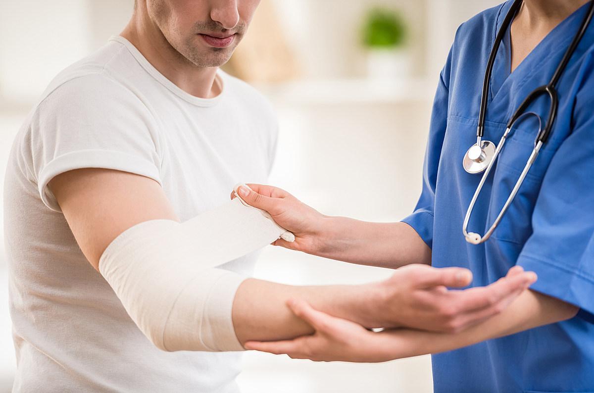 Рейтинг лучших травматологических клиник Омска в 2021 году