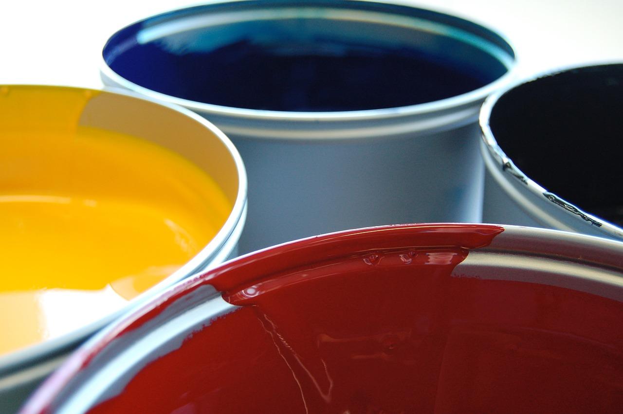Рейтинг лучших красок для потолка на 2021 год