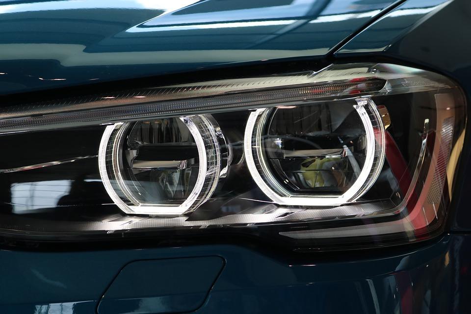 Рейтинг лучших ксеноновых ламп для автомобиля на 2020 год