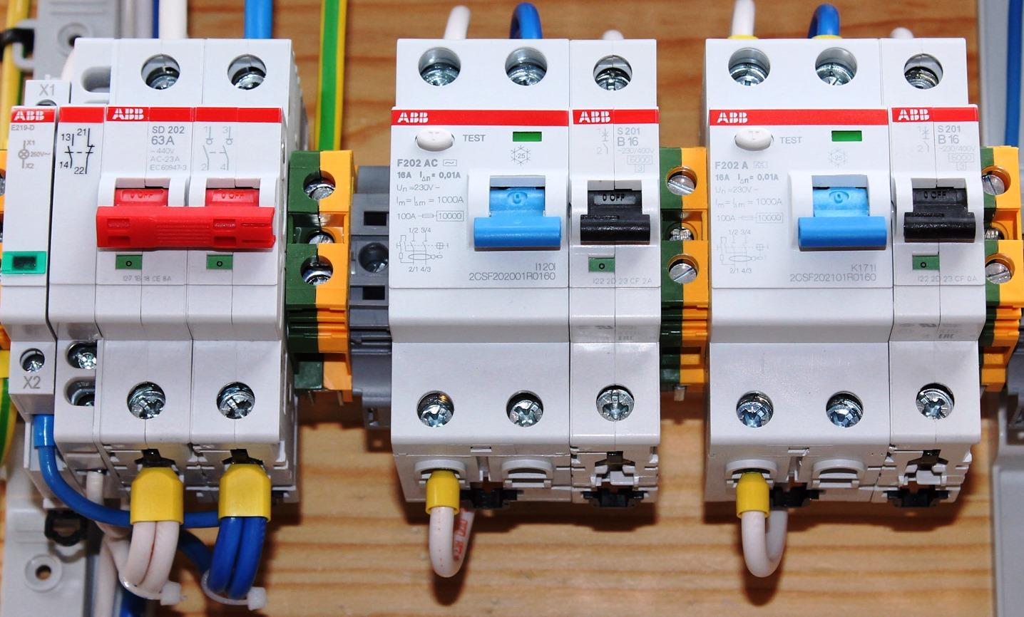 Рейтинг лучших автоматических выключателей дифференциального тока на 2020 год