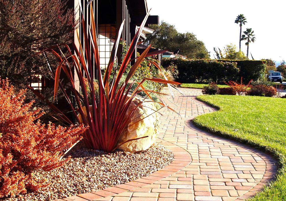 Рейтинг лучших материалов для садовых дорожек на 2020 год
