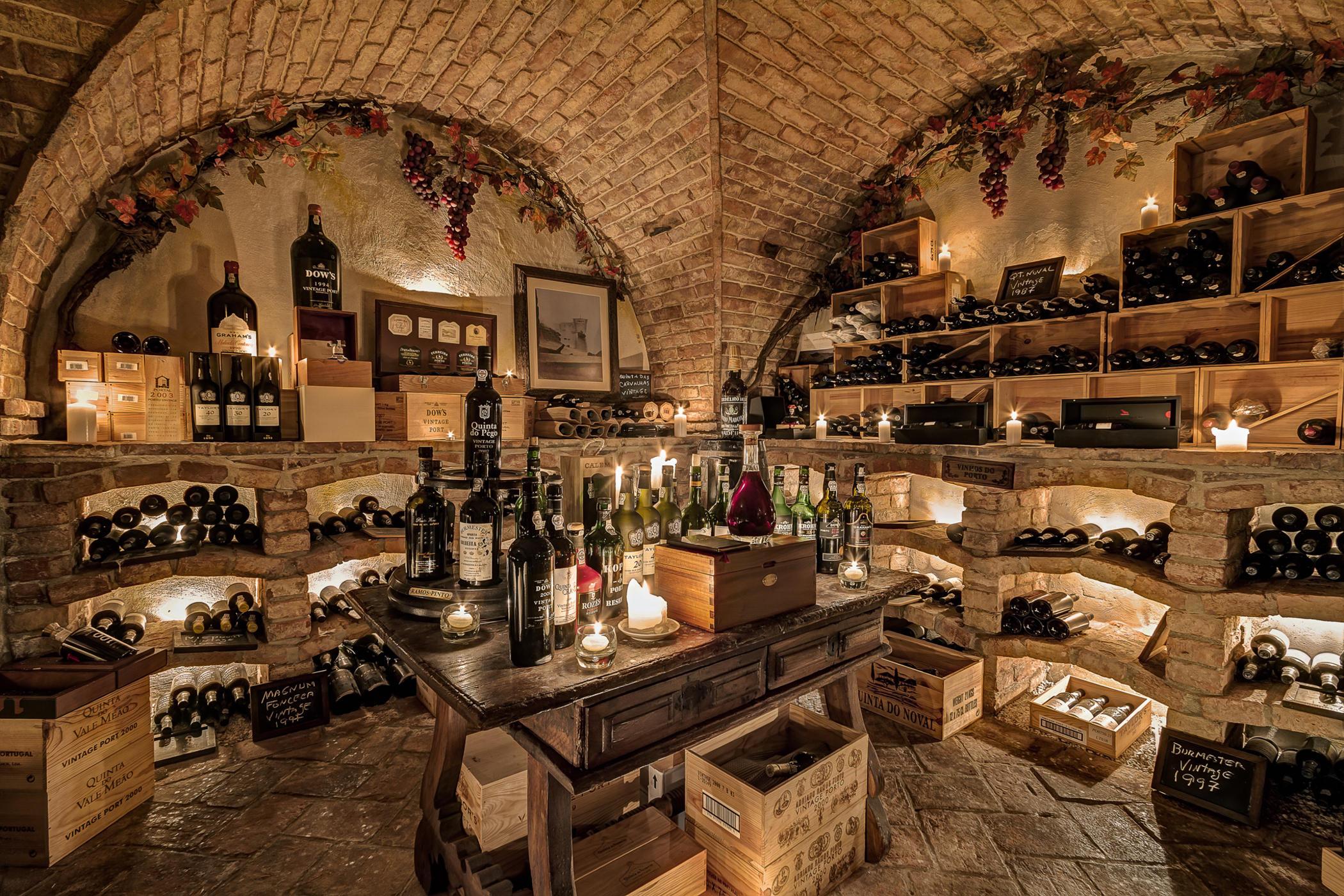 Рейтинг лучших полусладких вин на 2021 год