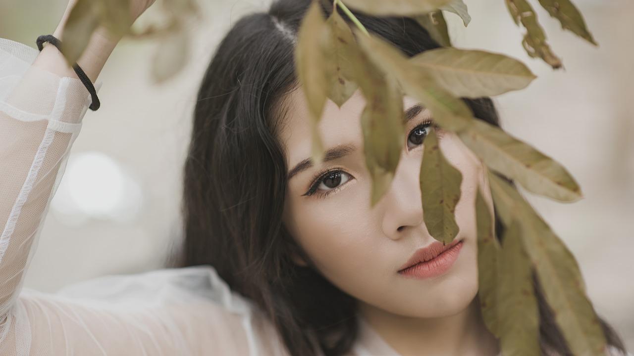 Обзор лучших корейских тональных кремов для лица в 2020 году