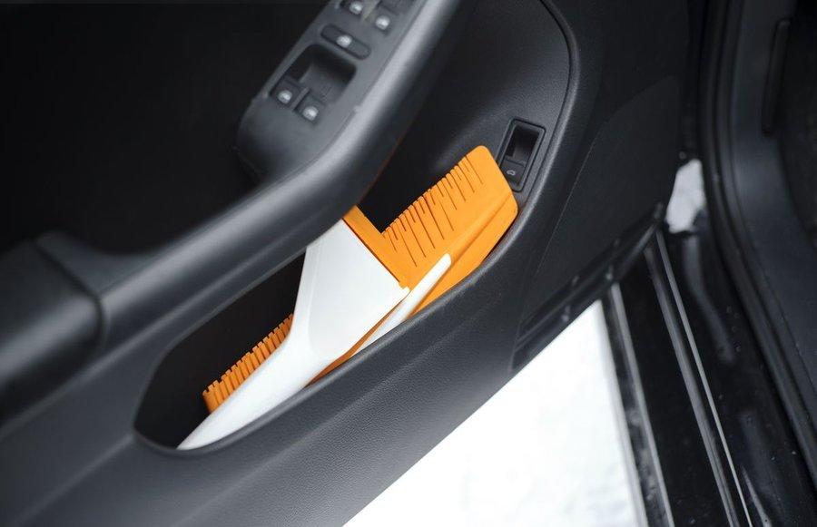 Рейтинг лучших автомобильных щеток-скребков на 2021 год