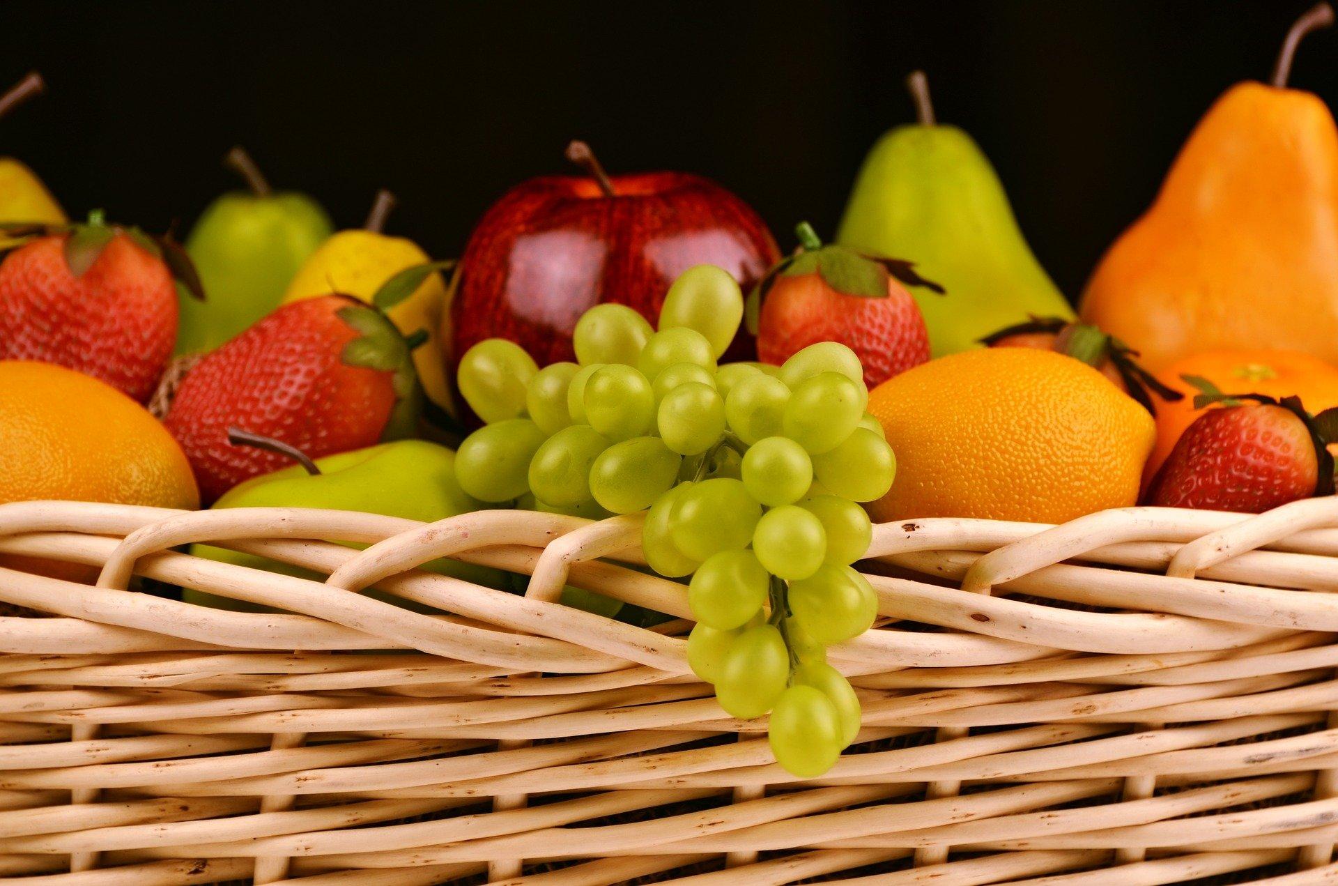 Самые полезные фрукты для детей и взрослых