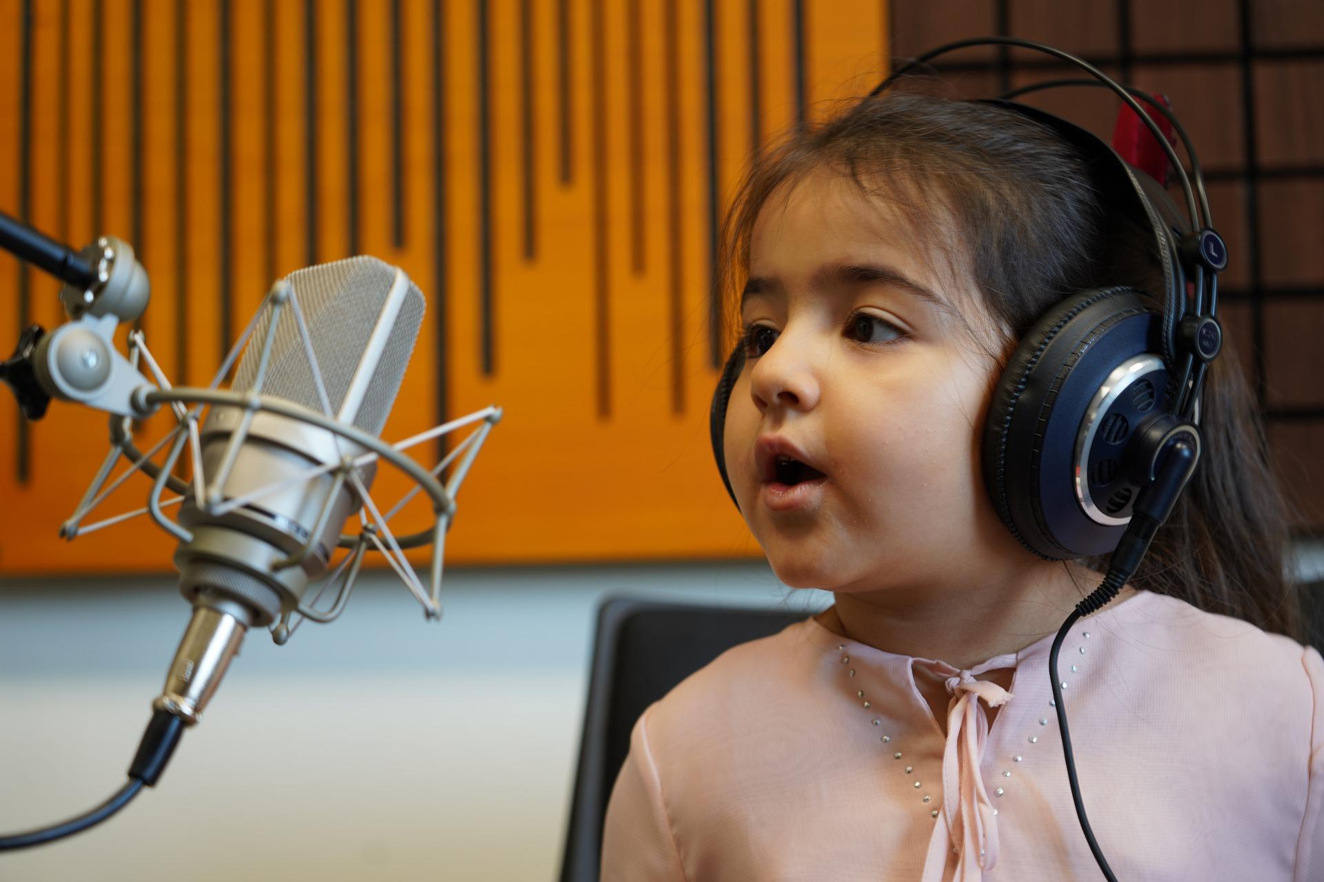 Рейтинг лучших онлайн-курсов по вокалу на 2021 год
